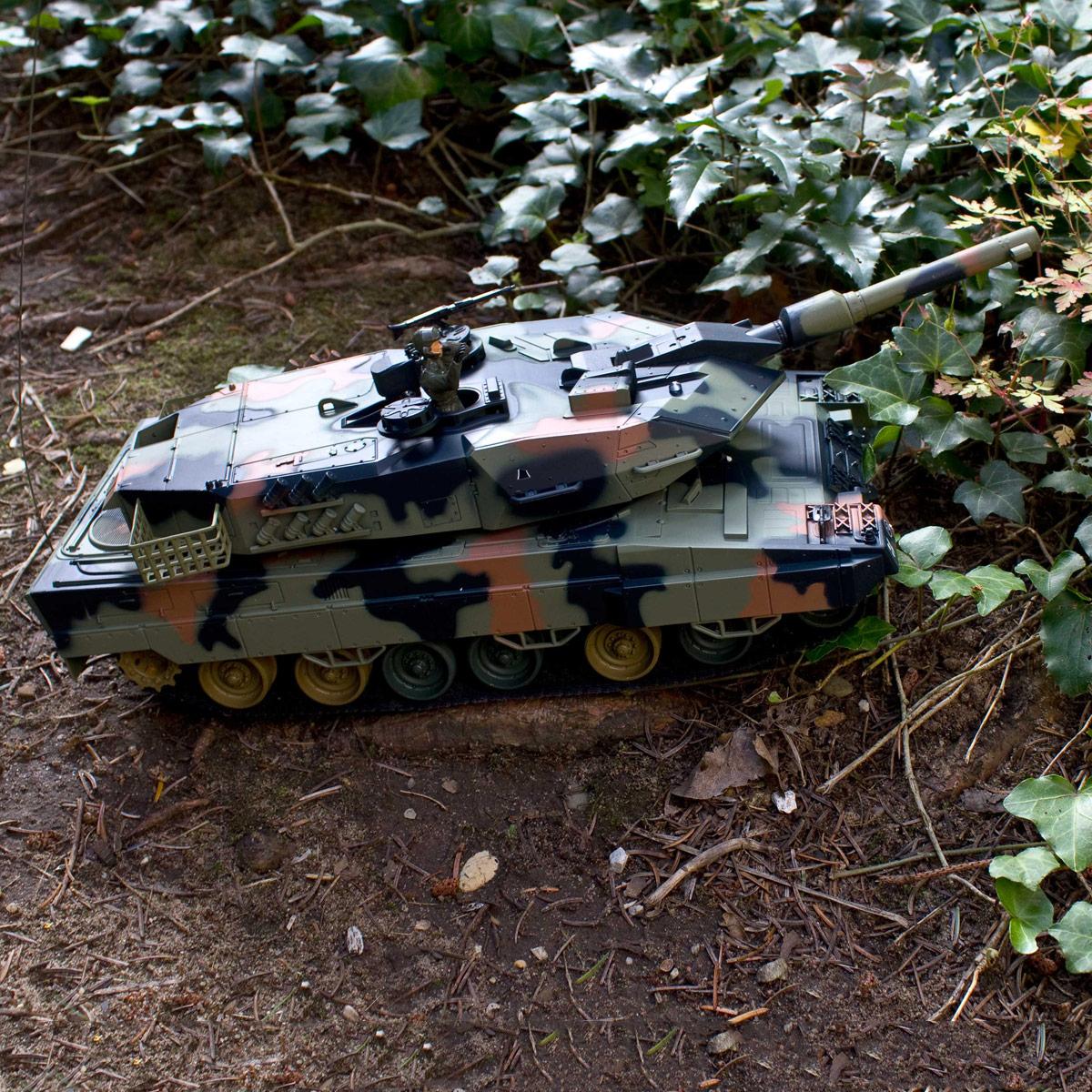 ferngesteuerter rc panzer leopard abrahams r c modellbau. Black Bedroom Furniture Sets. Home Design Ideas