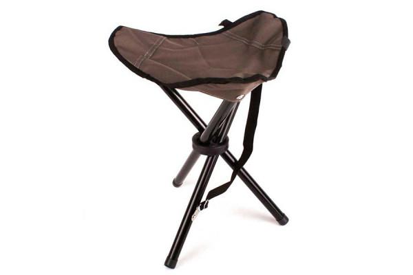 Dreibein Camping-Hocker – praktisch für Konzerte