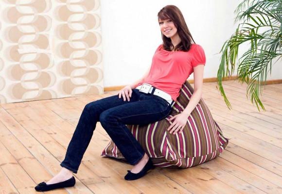 Smoothy Sitzsack Lounge Stil in Rot-Braun