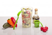 Salat to Go - Salatbecher mit Dressingbehälter & Gabel