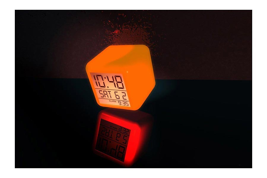 LED Wecker mit Farbwechsel Original AlarmCube » Blitzversand!