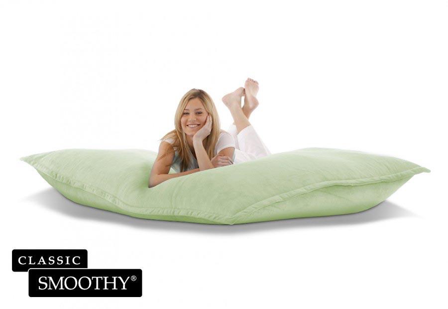 smoothy sitzsack cotton samt in gr n. Black Bedroom Furniture Sets. Home Design Ideas