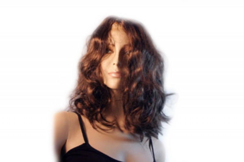 Perücke im Curly Style