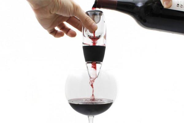 Weinbelüfter: Magischer Wein-Dekanter » Shop » 24h » kaufen!