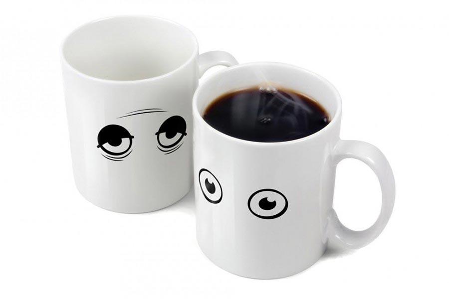 wake up kaffe tasse kaffeebecher mit augen. Black Bedroom Furniture Sets. Home Design Ideas